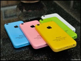iPhone-5C-Colorful-Model-Leaks1-www.download.ir