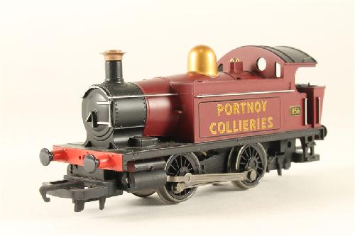Toy locomotive 3d Model center